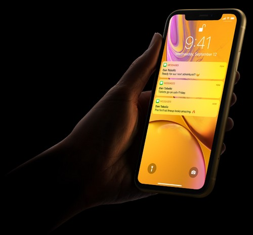 Apple iPhone XR Face ID
