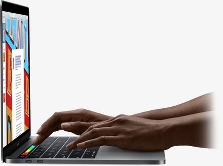 Apple MacBook Pro Retina garsas ir vaizdas